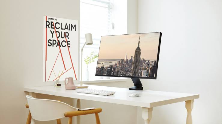 space monitor by samsung